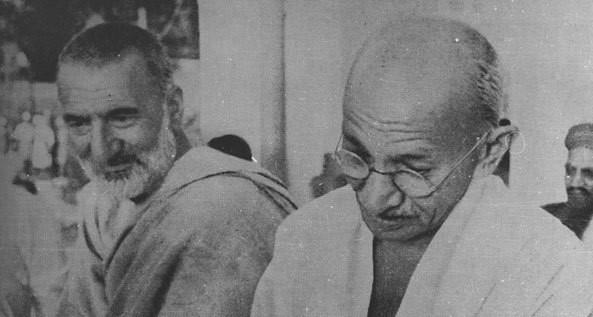 Mahatma Gandhi Or Ghaffar Khan In Hindi