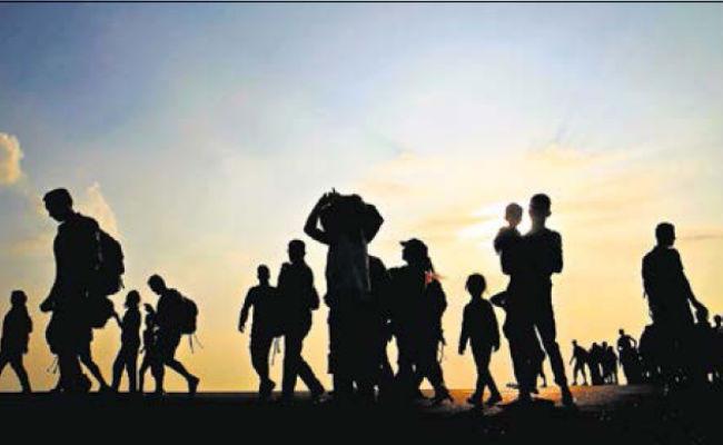 शरणार्थी हिंदी कविता, Refugees Poem In Hindi By Raj Kumar, sharnarthi kavita, nayichetana.com, refuge kavita, asam, rohingya musalman, poems in hindi