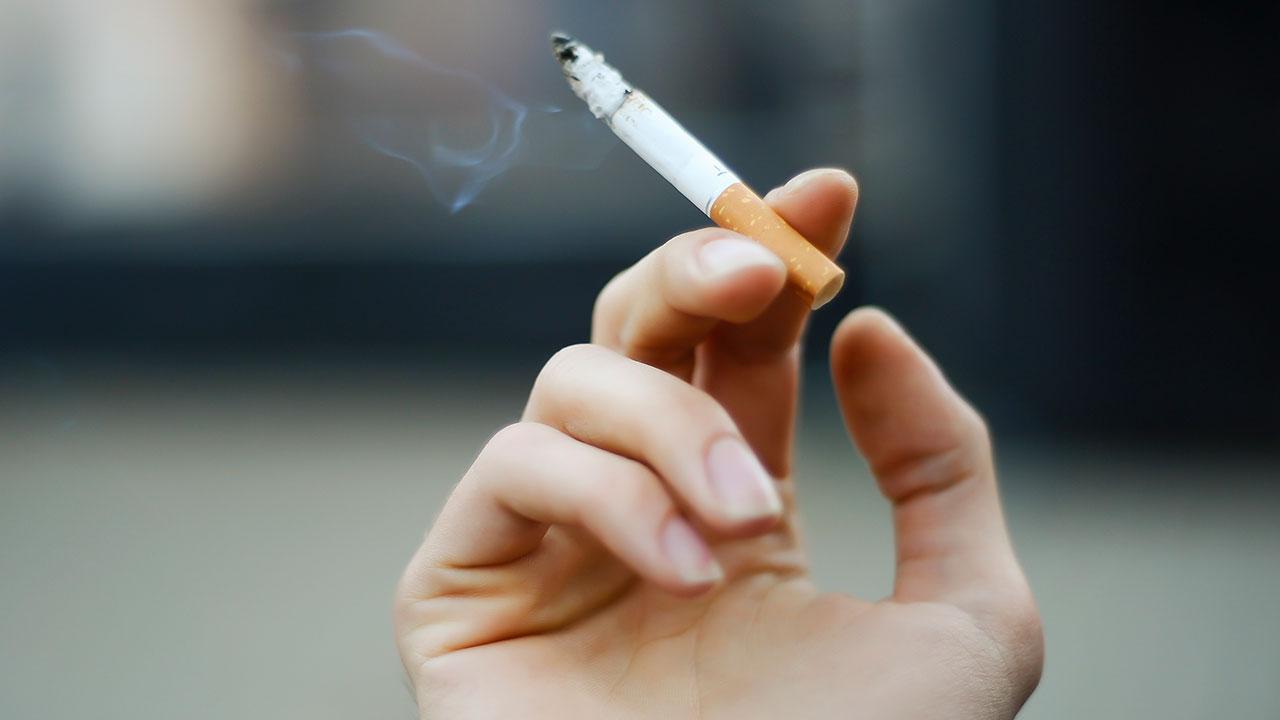 धूम्रपान की लत को आसानी से कैसे छोड़े , How To Quit Smoking Addiction In Hindi, cigret , smoke, dhumrpan
