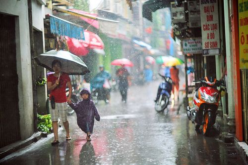 मानसून की महिमा पर हिंदी कविता, Glory of monsoon Poetry In Hindi, monsoon par kavita,  monsoon poem in hindi,sawan par kavita,nayichetana.com
