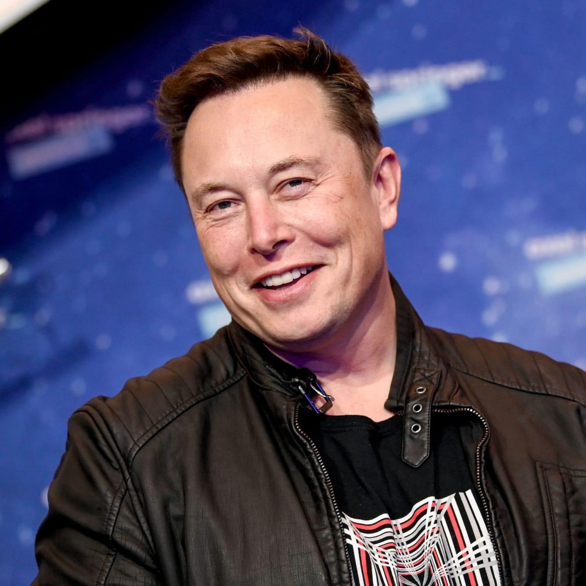 एलन मस्क की बायोग्राफी,Elon Musk Biography in Hindi,Elon Musk ki jivani,Elon Musk success story, Elon Musk kaun hai,Elon Musk income in hindi